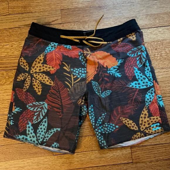 Men's Billabong Board shorts. Size 34